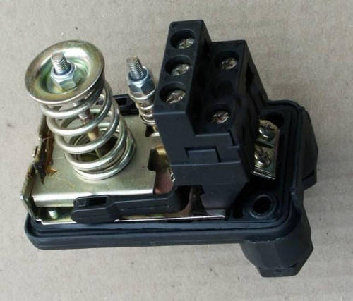 pressure switch 02 500x427 - Silent DIY Air Compressor with Auto-Switch