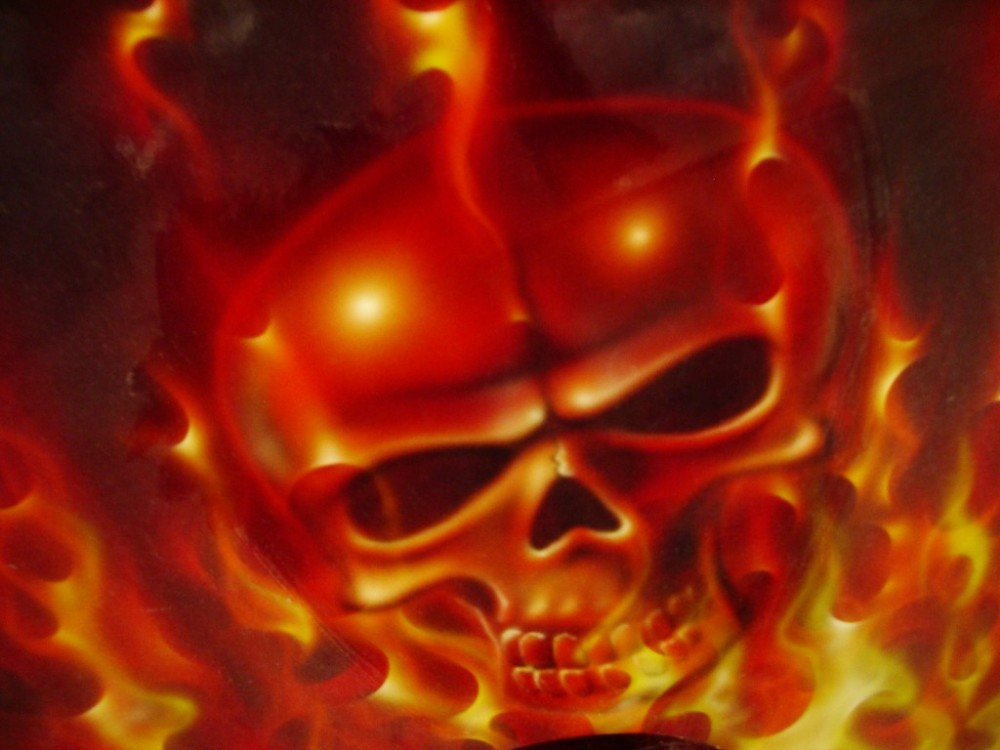 airbrush scull 4 1000x750 - Real Flames and Skulls Obsession...