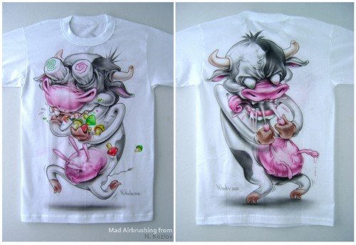 t shirt airbrush cow 500x344 - Mad Airbrush Art by Nikolay Kozlov
