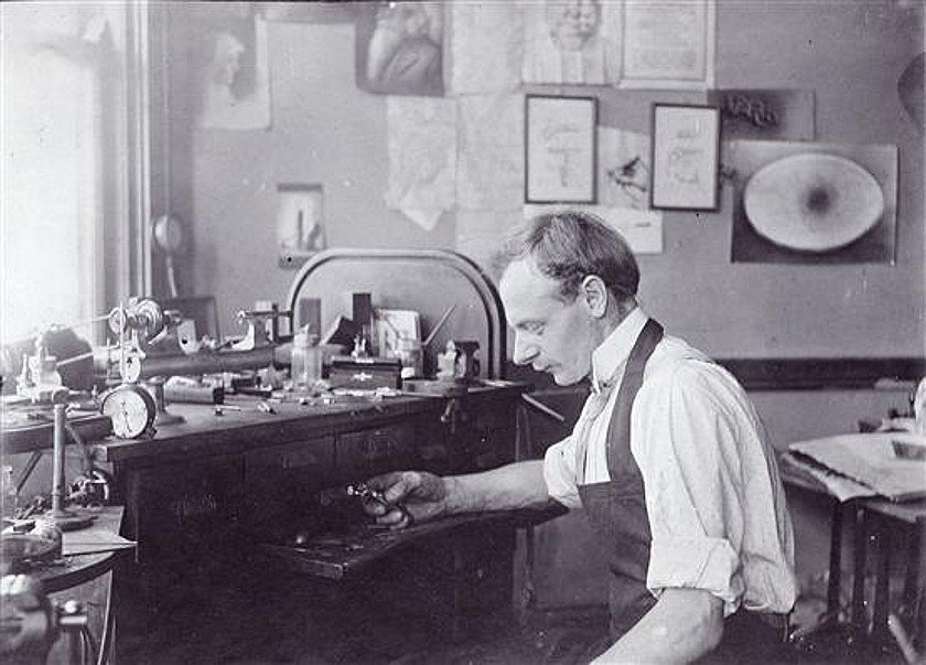 Jens working on airbrushes 1910 - PAASCHE Airbrush - Big Name in Airbrush History