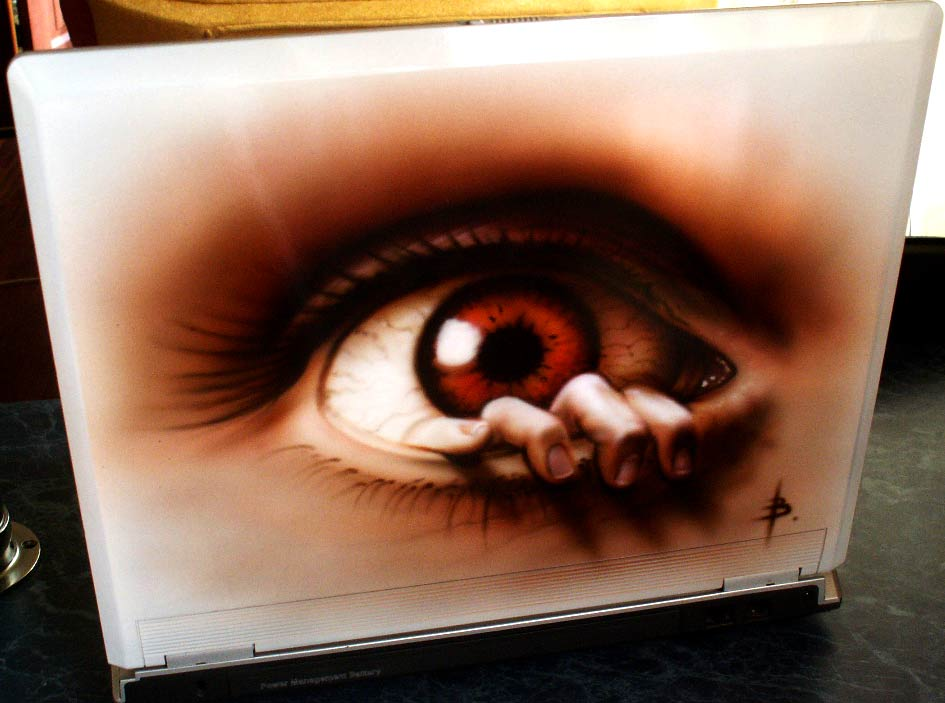 airbrush on laptop 19 - Airbrush Laptop Cover