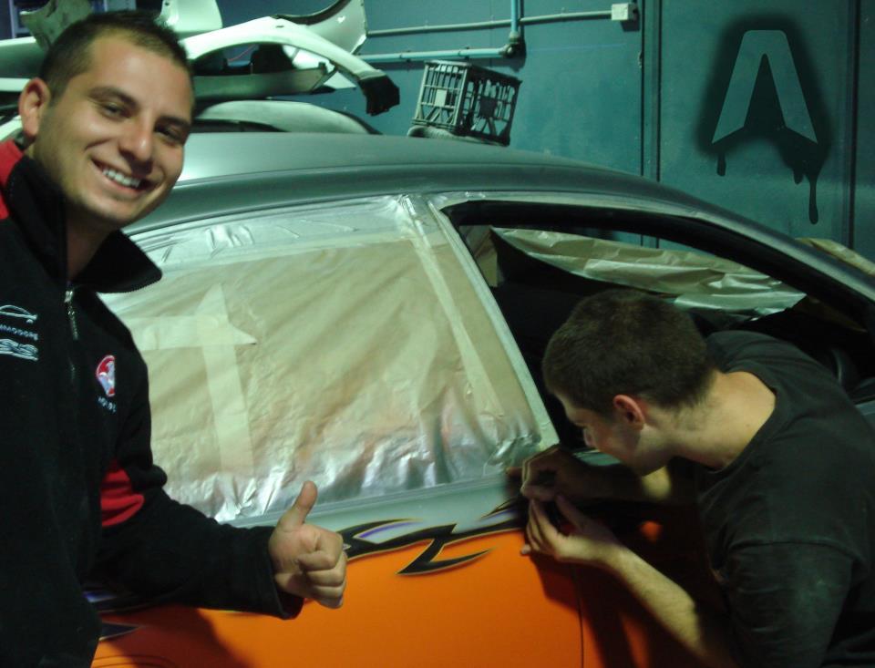 "pinstriping car - ""How to Airbrush"" from AirbrushTutor"