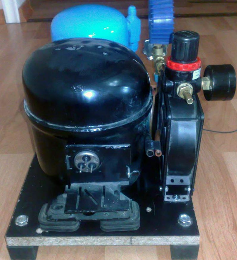 diy air compressor 2 - DIY Small Air Compressor With Active Cooling