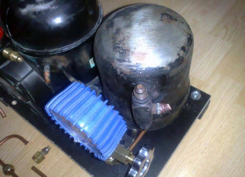 diy air compressor 7 - DIY Small Air Compressor With Active Cooling